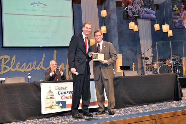 Michael Sullivan presents Rep. John Zerwas The Texas Taxpayers Advocate award.